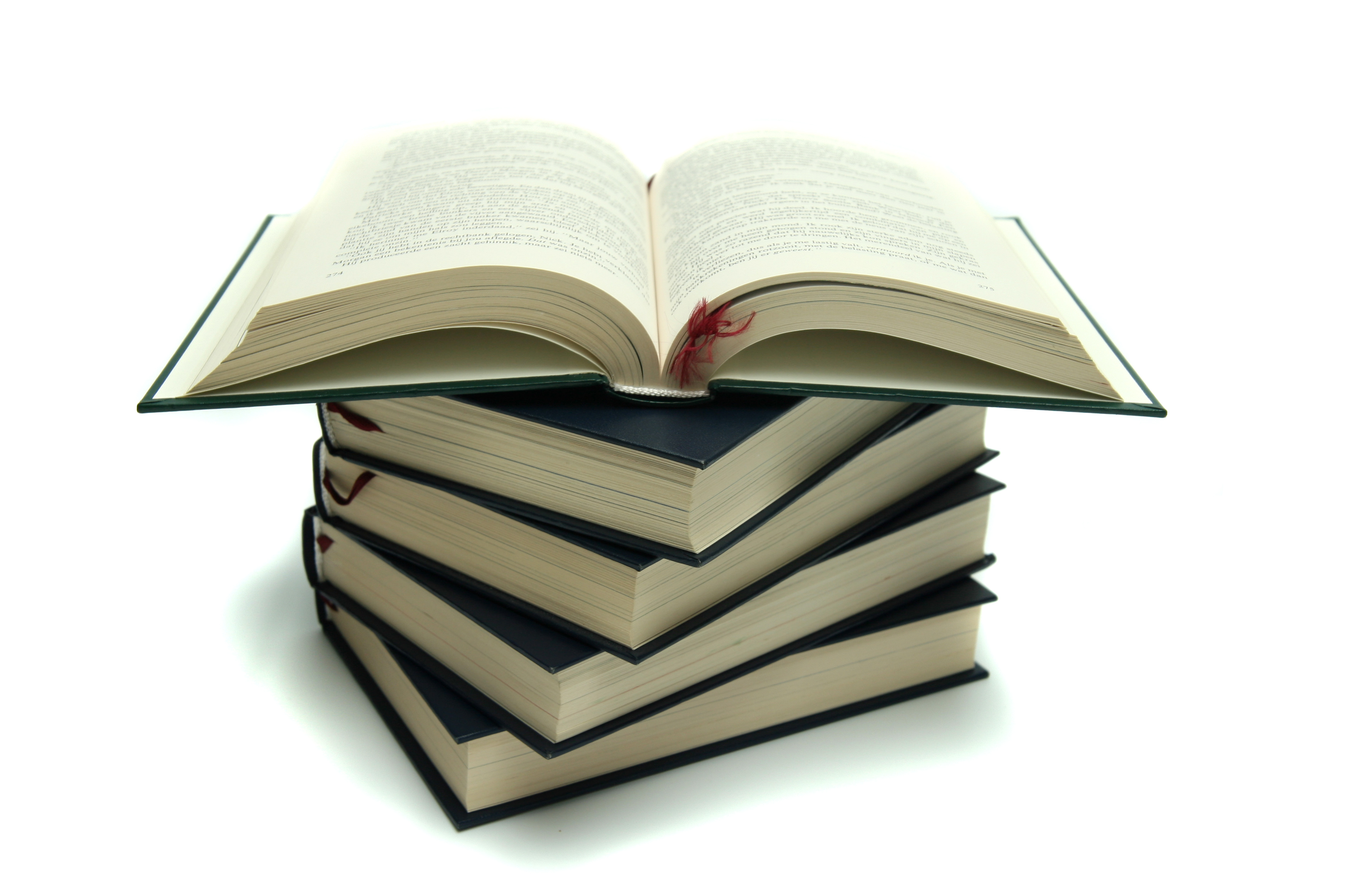 pile_books